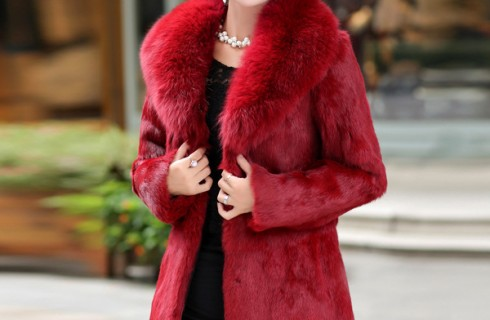 Những mẫu áo khoác trung niên cao cấp dành cho các quý cô
