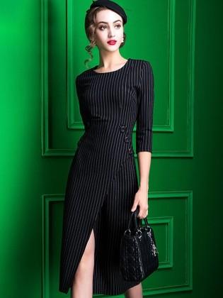 Đầm kẻ dáng dài xẻ vạt trước phối cúc hai bên TV588 (Kẻ đen)