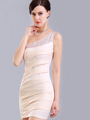 Đầm body lệch vai thân xếp li đính cườm đá sang trọng (dáng ngắn) TV767 (Màu trắng)