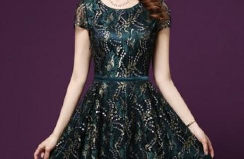 Những mẫu váy maxi cho người trung niên hè 2017