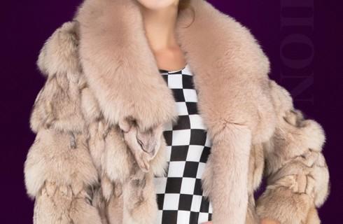 Áo lông chồn nữ làm toát lên vẻ đẹp sang trọng và quý phái