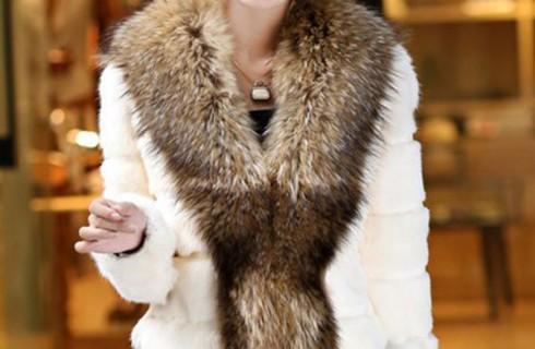 Những mẫu áo nữ trung niên đẹp bạn không thể bỏ qua