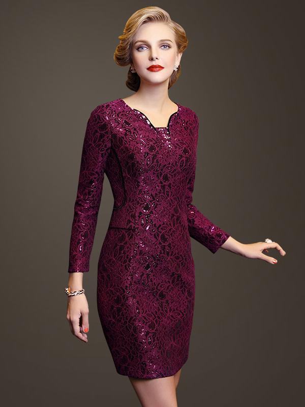 Đầm công sở có tay, dáng dài cũng là một trong những gợi ý nếu bạn còn băn khoăn đầm công sở dành cho người trung niên nào đẹp nhất.