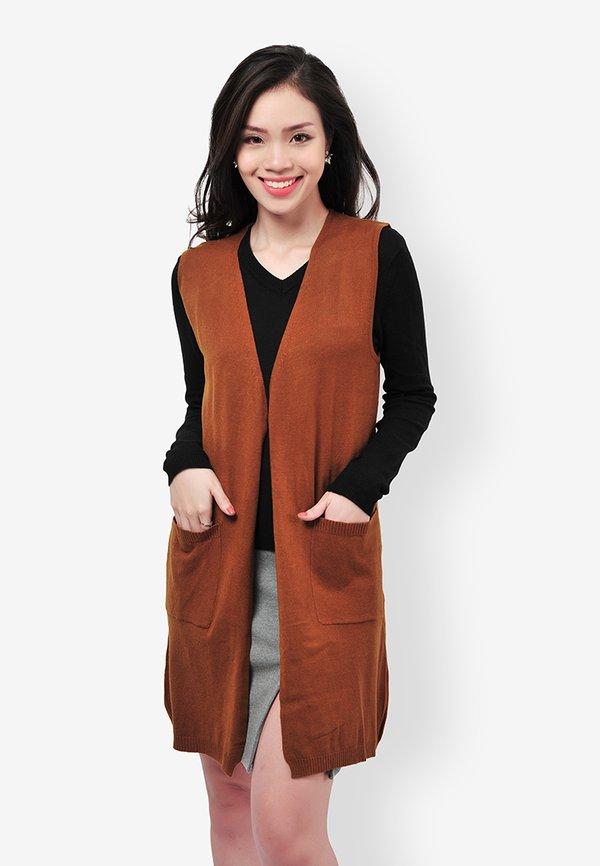 Tự tin hơn với những mẫu áo khoác len gile kết hợp 2 túi thời trang