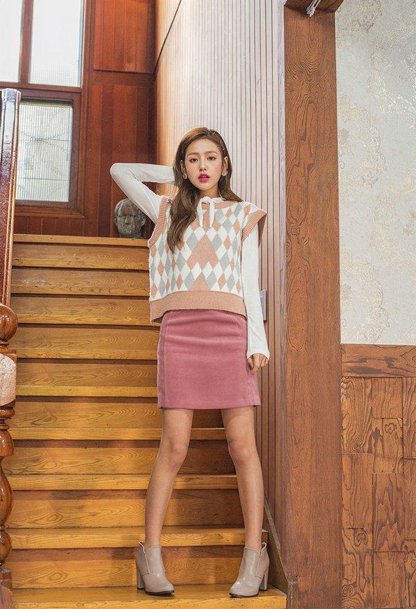 BST các mẫu áo len gile nữ mới nhất 2018 quý cô không nên bỏ qua