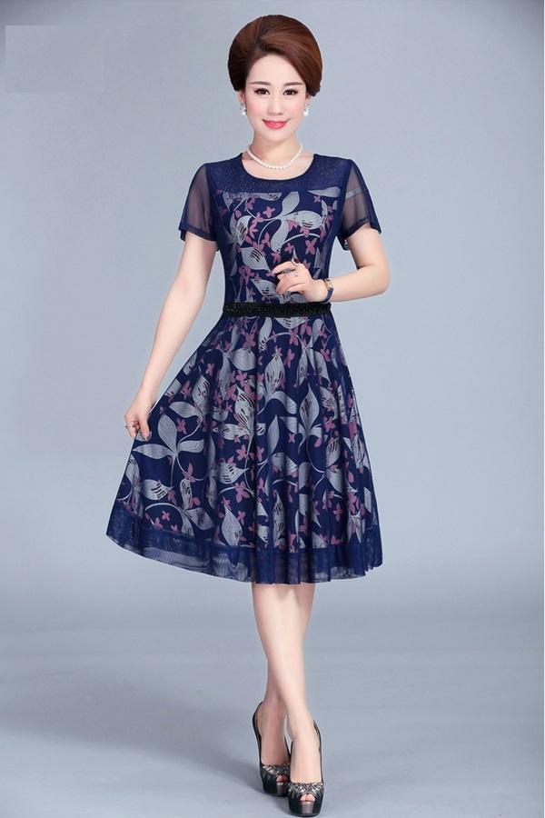 Thời trang váy xòe công sở dành riêng cho quý cô trung niên năm 2018
